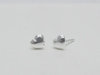 Hearts (6x5mm Flat) Earrings