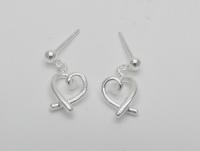 Criss Cross Hearts Earrings